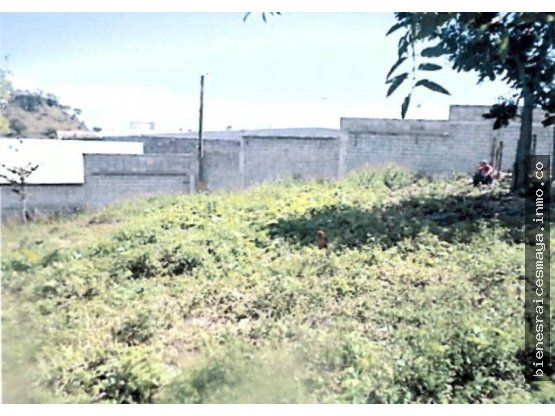Se vende lote de terreno en la aldea Las Casitas