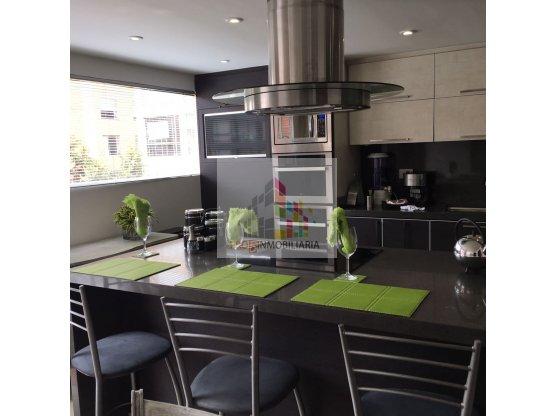 VENDO apartamento REMODELADO en LA CAROLINA