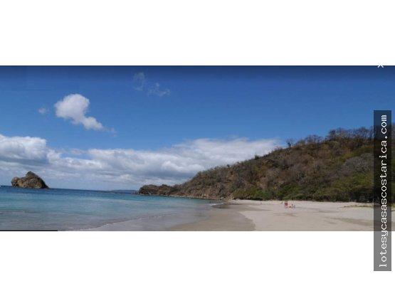Propiedad de playa en Bahía Salinas frente al mar