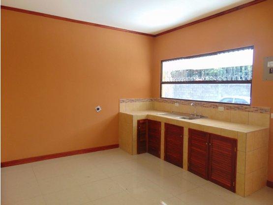 Apartamento en alquiler Santa Ana Rio oro