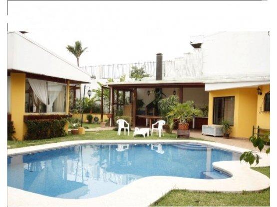 Casa Escazu Trejos Montealegre alquiler o venta