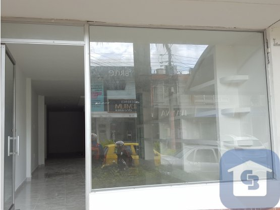LOCAL COMERCIAL EN CABECERA