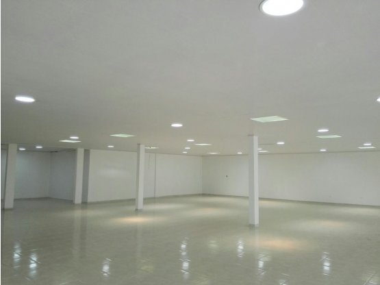 Alquiler de local comercial, Centro Manizales