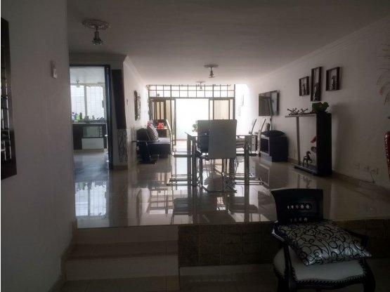 Alquiler de casa comercial - Vizcaya - Manizales.