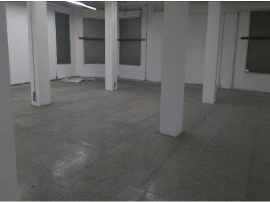 Alquiler de local en El Centro, Manizales - 18004