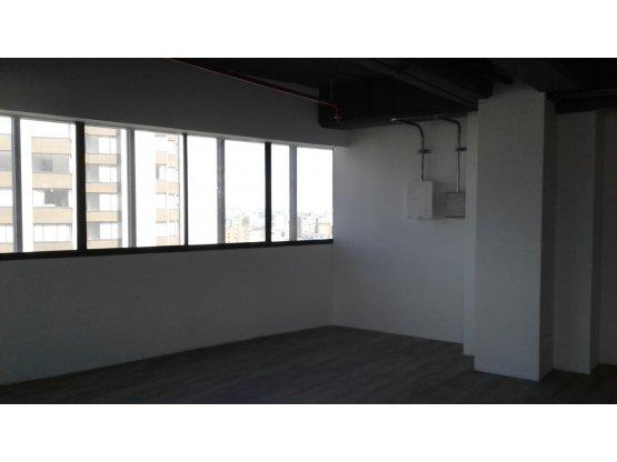 Alquiler de oficina en Av Santander, Manizales.