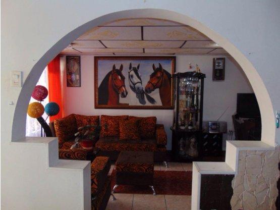 Venta Casa Restrepo - Las Colinas