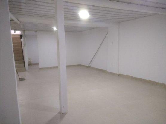 Alquiler de local ó bodega - Centro - Manizales.