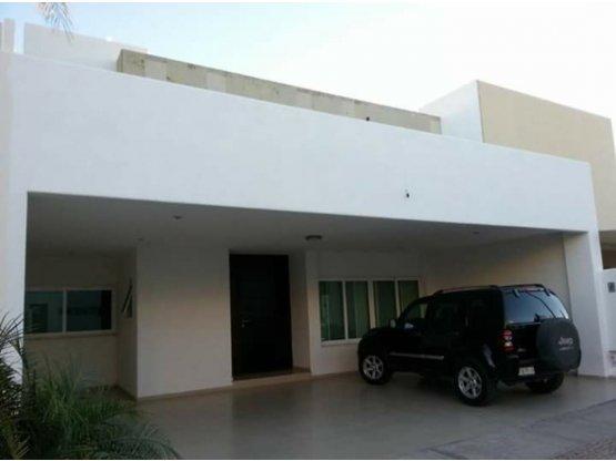 venta de casa al norponiente  de Aguascalientes