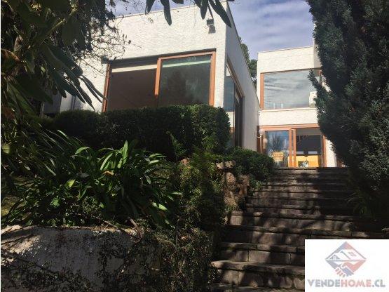 Excelente casa en Camino La Laguna/Huinganal