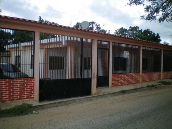 Casa en venta La Mata Sector Los Pinos, Cabudare