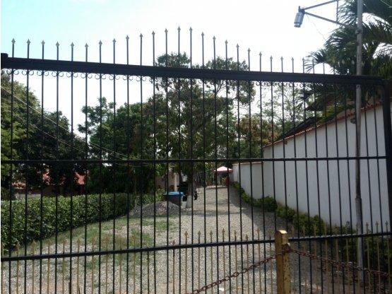 Casa con Terreno Sector El Roble Barquisimeto