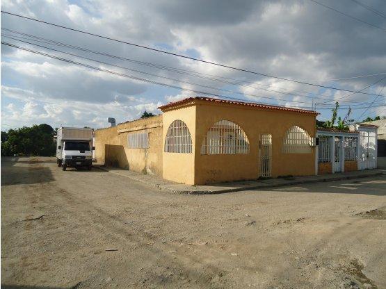 Casa y galpon en Venta  zona este Barquisimeto