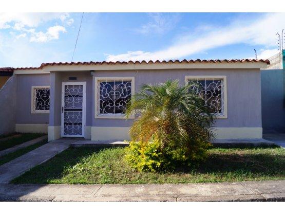 Casa en venta en Villas de Yara