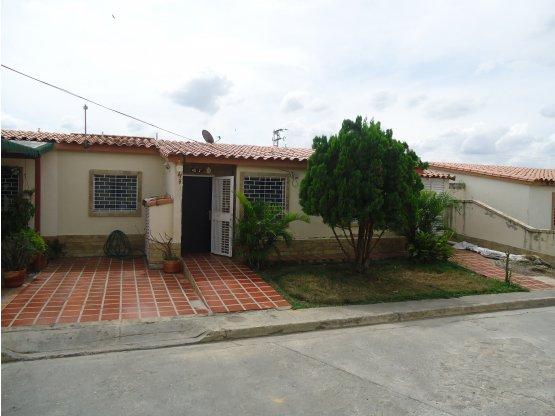 Casa en Venta Villas De Yara
