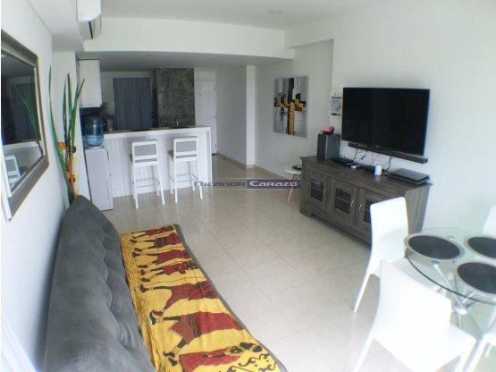 Venta de apartamento de 2 alcobas en Marbella