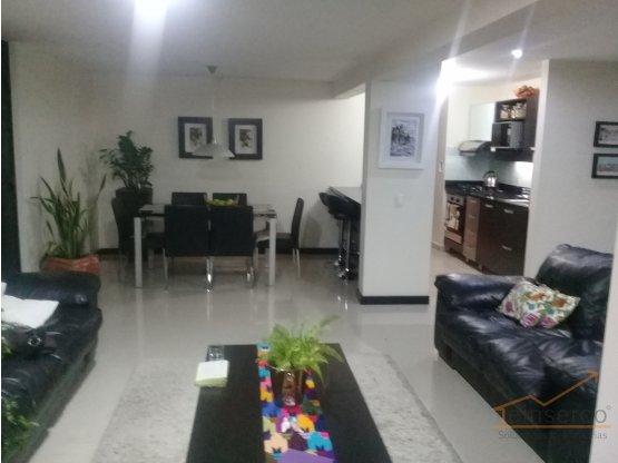 Apartamento en venta en la Loma de los Bernal