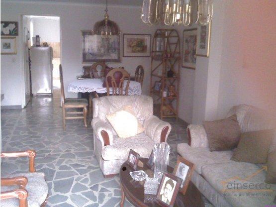 Apartamento en venta en Belen Rosales
