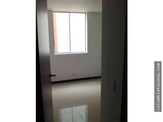 Vendo amplio apartamento Precio Oportunidad
