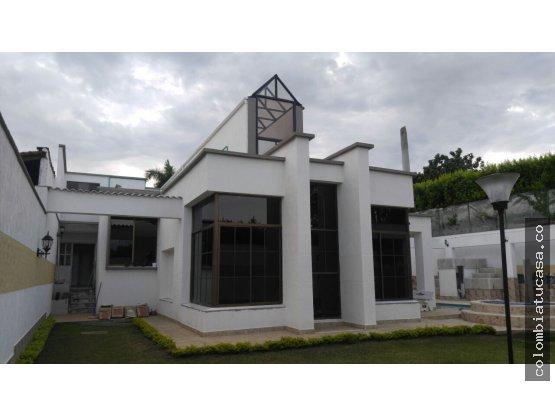 Vendo Hermosa casa Independiente en Ciudad Jardín