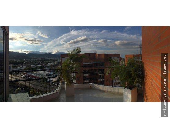 Penthouse con acabados de lujo, espectacular vista