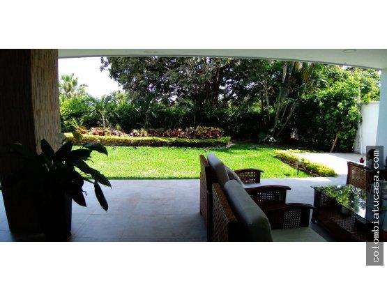VENDO Espectacular Casa condominio Ciudad Jardín