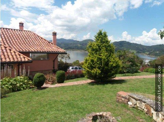Casa Campestre en Venta en Tominé