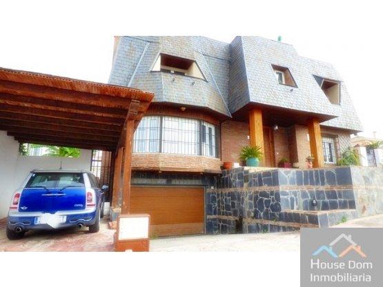 Casa en La Sierrezuela  ....MEJOR PRECIO ZONA