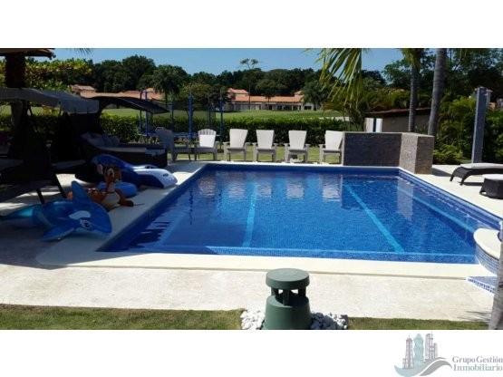 Alquiler venta casa de playa con piscina privada for Casas para alquilar con piscina privada
