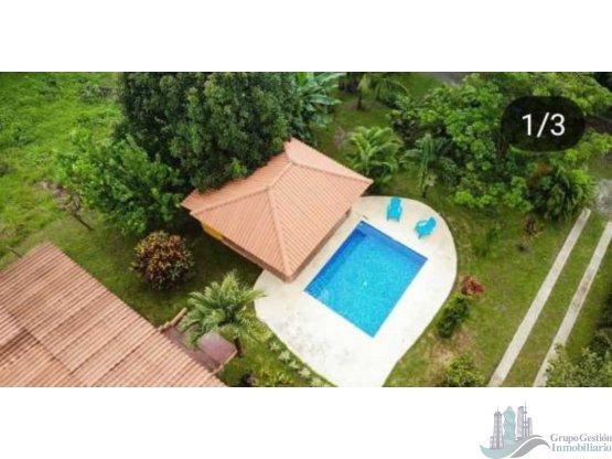 Alquiler por d as casa de playa con piscina for Casa con piscina para alquilar por dia