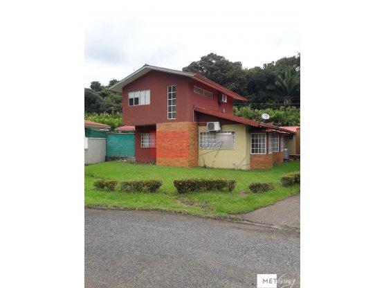 Alquilo Casa en Howard 5 recamaras - ID 7169
