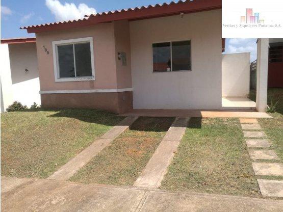 Alquilo Casa en  La Arboleda Chorrera - Panamá