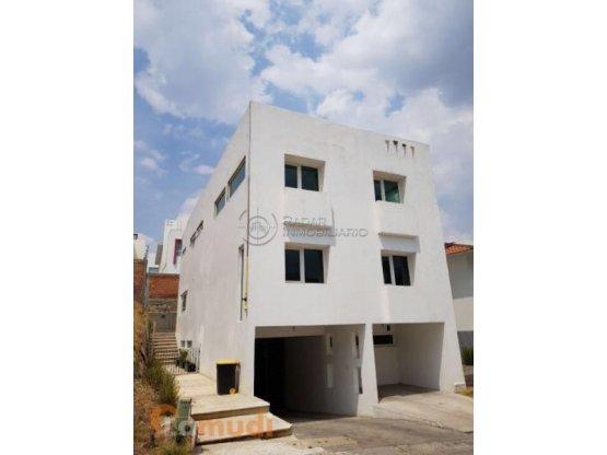 Casa en Renta Bosque Esmeralda Pta de Jerez