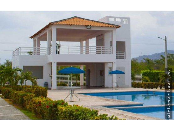 Casa en Santa Marta a 300m del C.C Buena - ID 4014