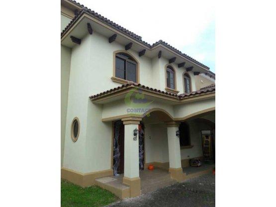 Oportunidad compra hermosa casa en el Doral gtb#