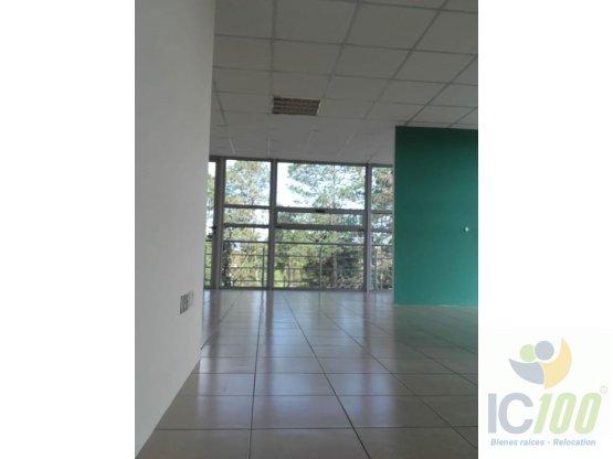 Renta Oficina Scena km 16.5 Carret. El Salvador