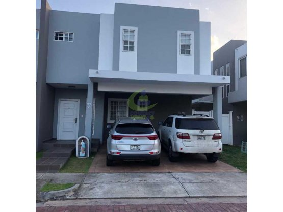 Se vende casa de 3 hab ph villa augusta #gtb