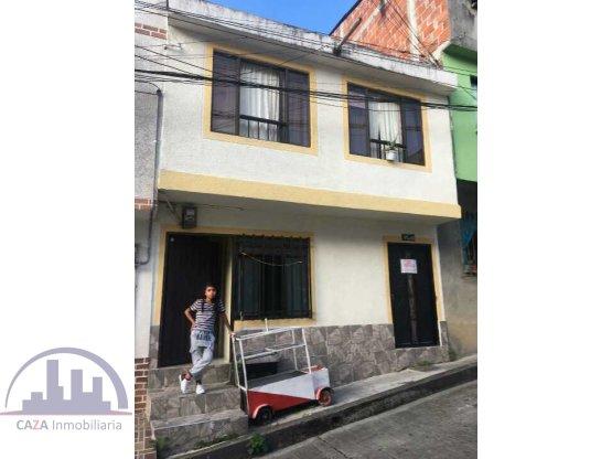 VENDO CASA CON 2 RENTAS, SAMARIA, PEREIRA