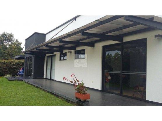 Venta Casa  Gualanday Rionegro 345 m2 710 m2 lote
