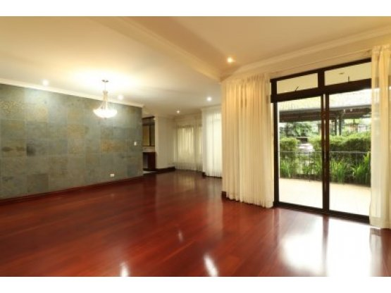 Exclusive apartment for rent in Escazu