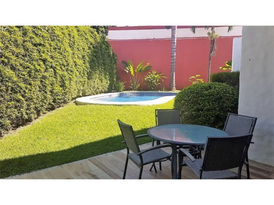 GREAT DEAL! Beautiful Residence with pool