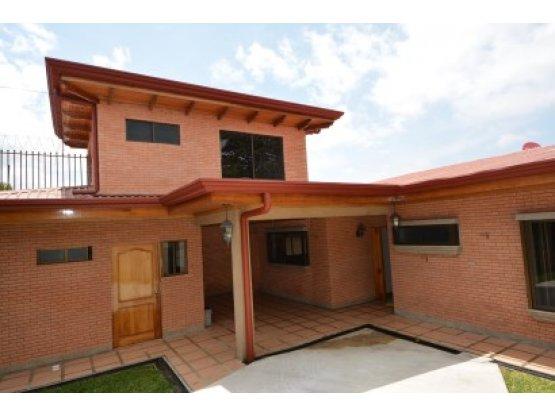 Hermosa casa en alquiler con opción a compra