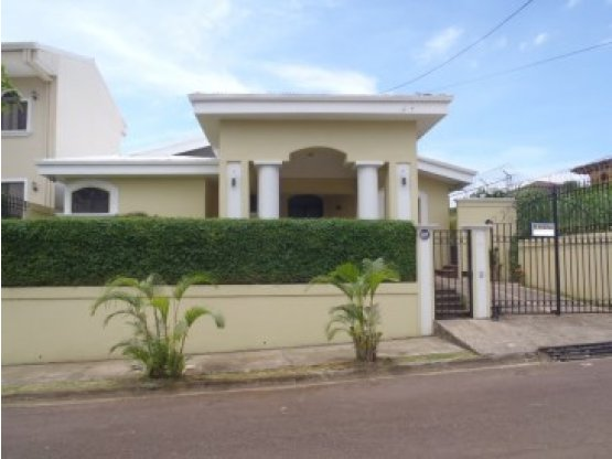 Casa Cariari