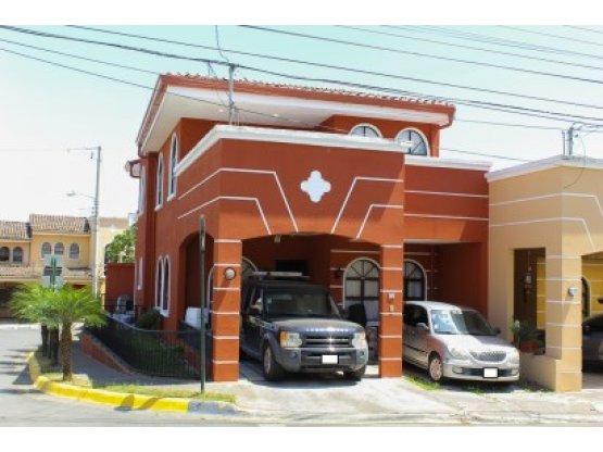 Casa en Condominio, San José
