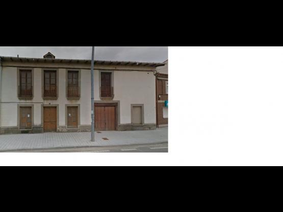 Casa Camarzana de Tera dos plantas.