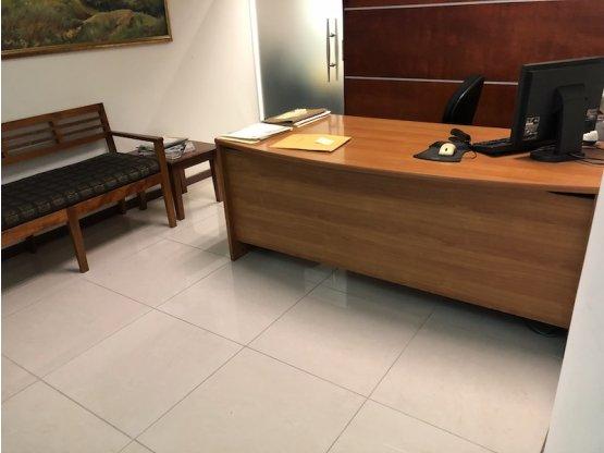 Oficina en Guachipelín