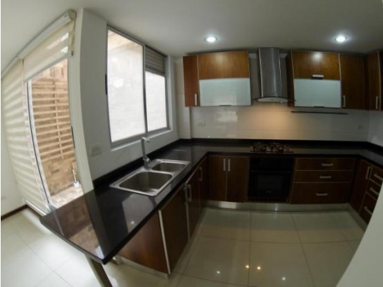 Casa en arriendo en Santa Ana Chia MLS 18-295 FR