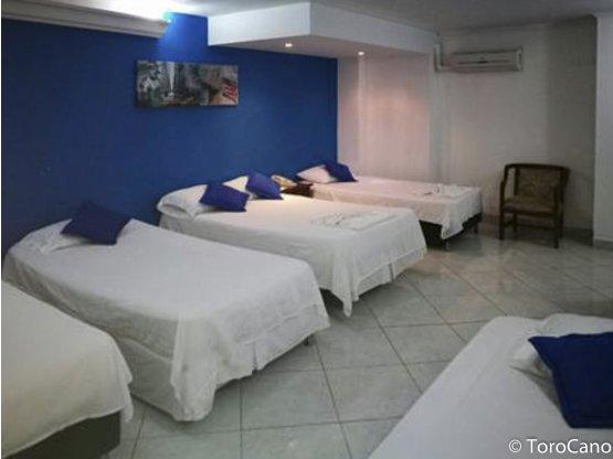 Se vende hotel en la 70 Occidente de Medellín
