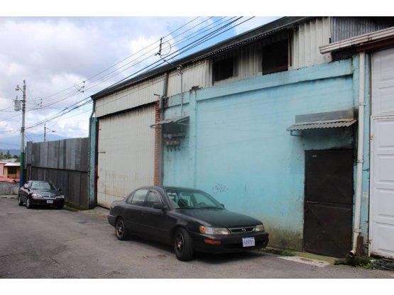 Se Vende edificación de bodega en San Juan de Dios