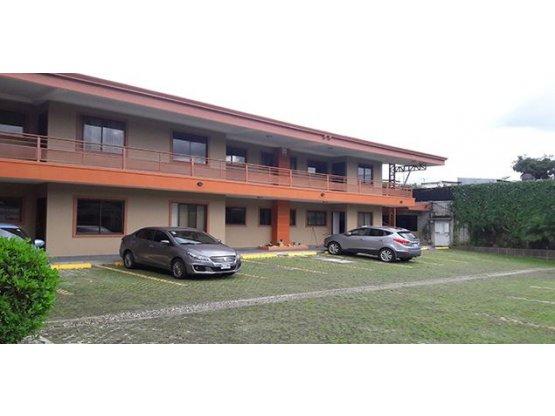 Se Vende casa en condominio en Curridabat